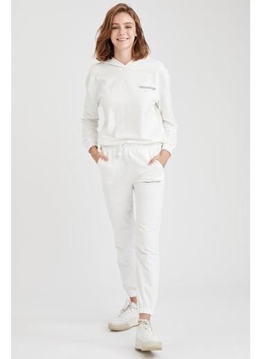 Defacto –Fit Yazı Baskılı Kapüşonlu Sweatshirt Beyaz